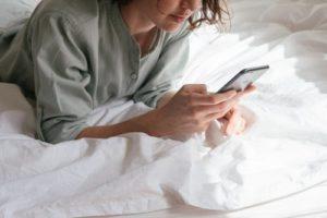 10 tips tidur nyenyak walau banyak tugas dan pikiran