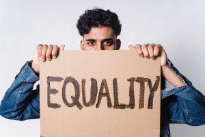 kajian gender membahas kesetaraan